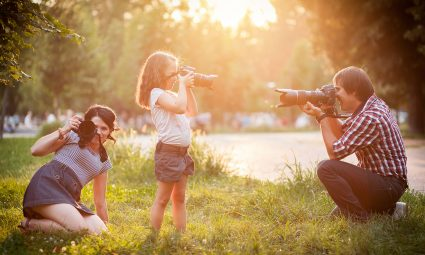 find-the-best-spots-for-family-photos